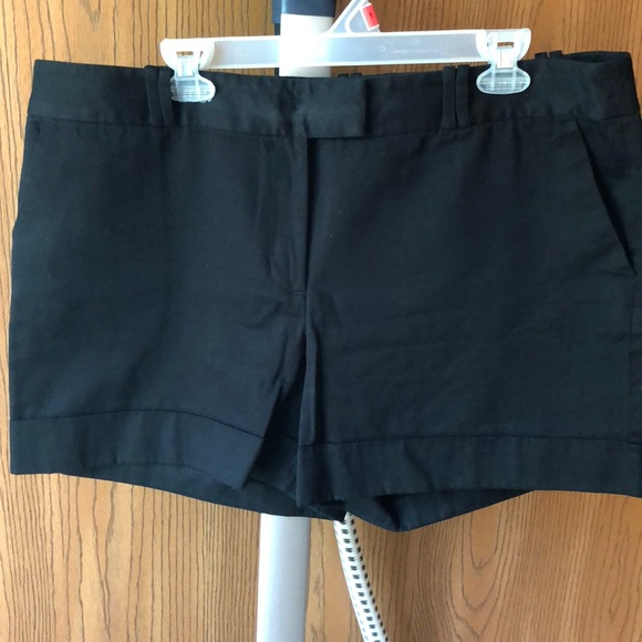 Ann Taylor Pants - Black Ann Taylor Shorts
